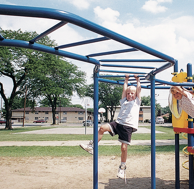 Curved Overhead Playground Ladder