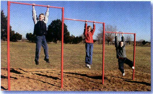 Playground Freestanding Chinning Bar