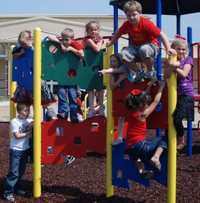 Zig Zag Playground Wall